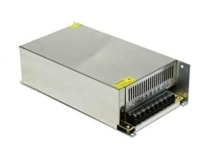 fonte chaveada estabilizada 12vdc 50a 600w bivolt com cooler Radio PX 01