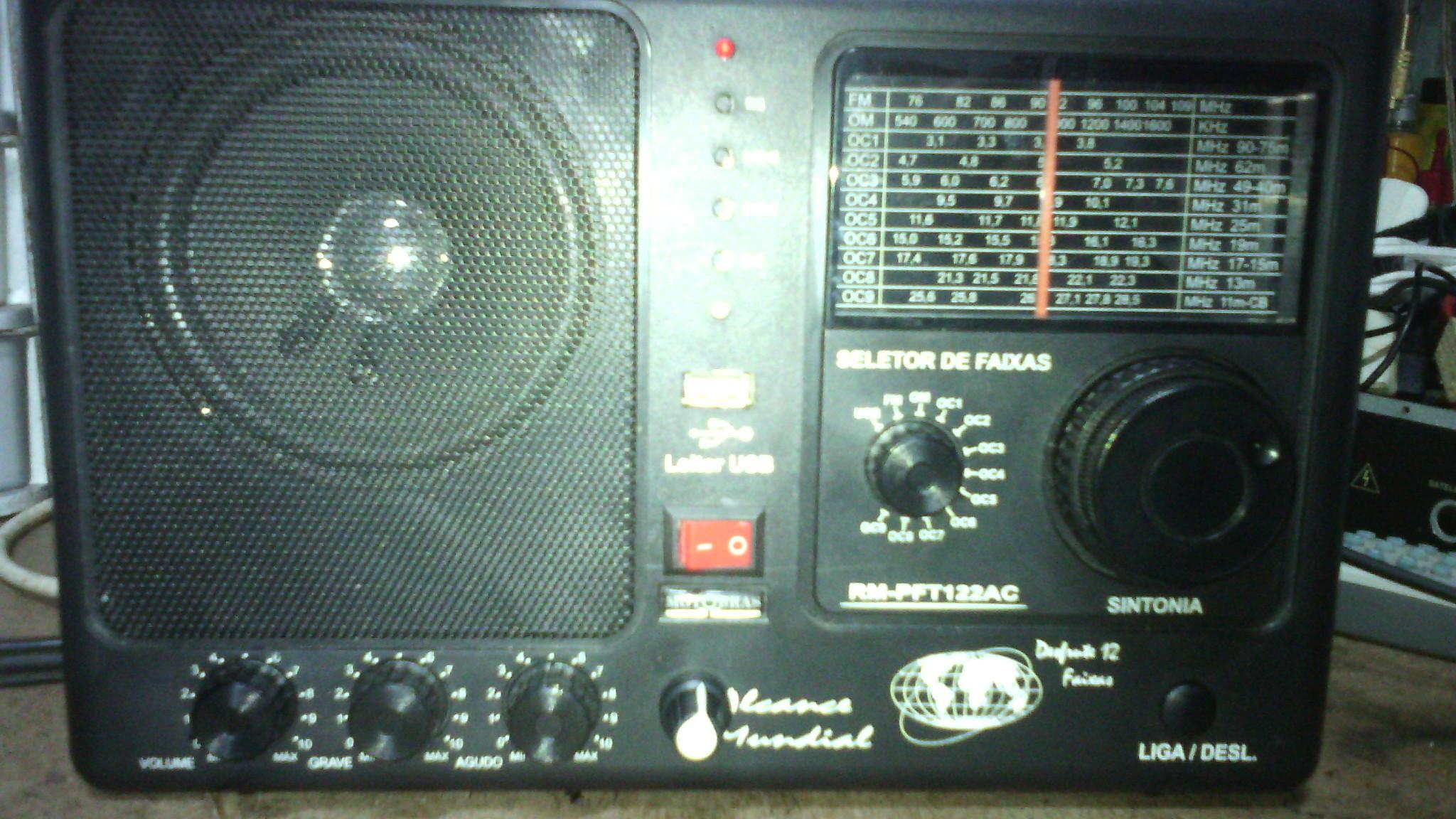 Rádio-Motobrás-122AC-02
