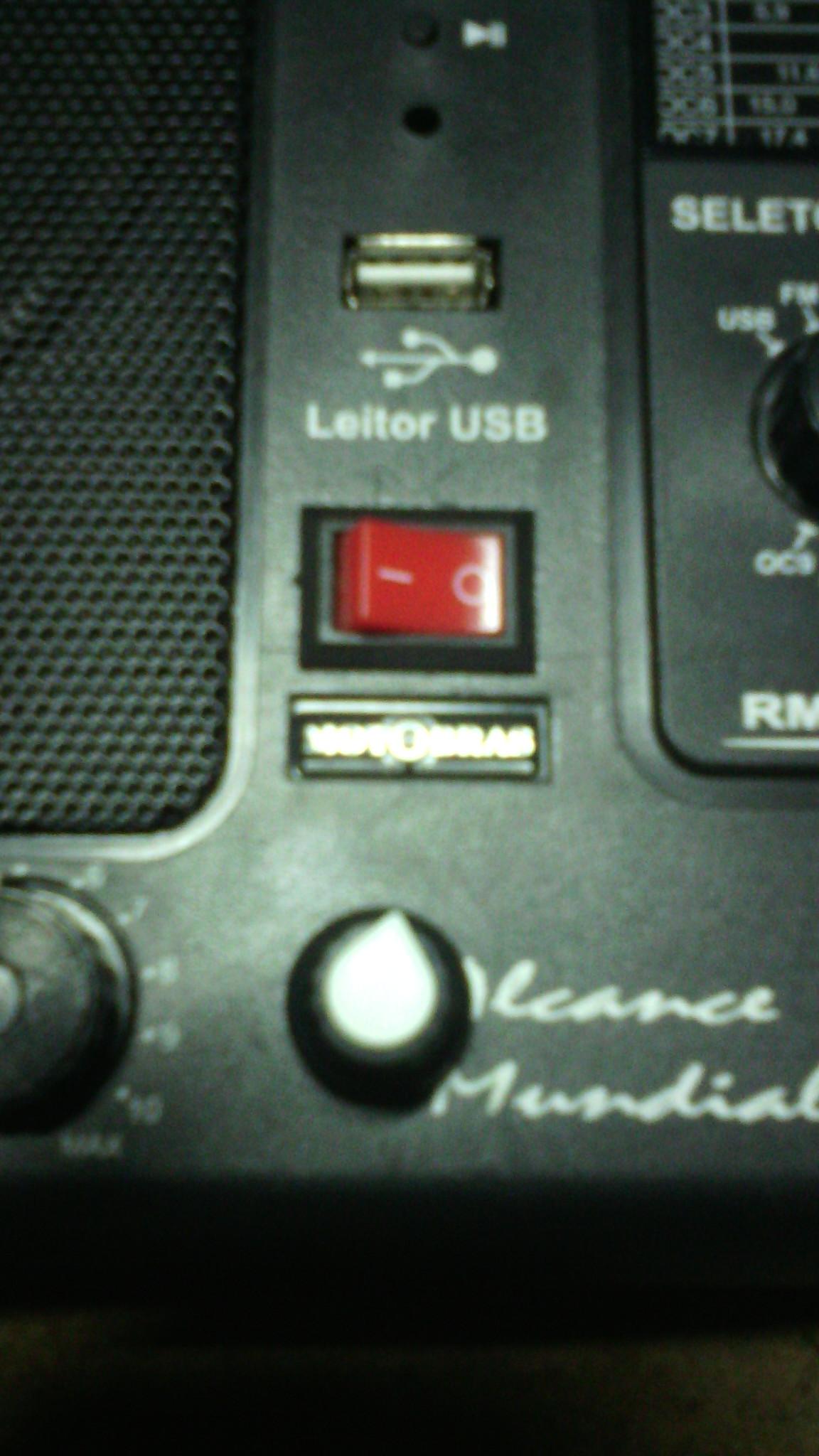 Rádio-Motobrás-122AC-03